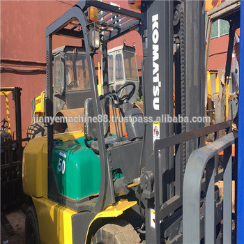 Durable Used Komatsu 5 ton diesel Forklift price FD50AT-7