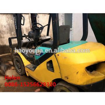 Japanese komatu 4 wheel 300hp 2.5 ton sell with diesel engine forklift in international market under good condition